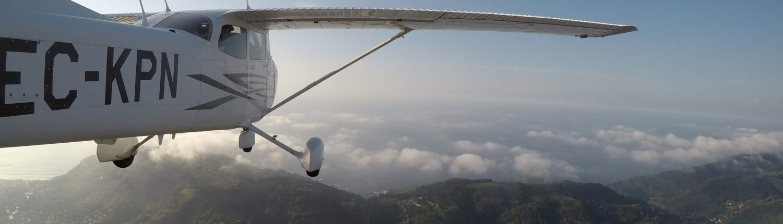 avion vuelo donostia san sebastian gipuzkoa costa gipuzkoana urruti sport pais vasco parapente